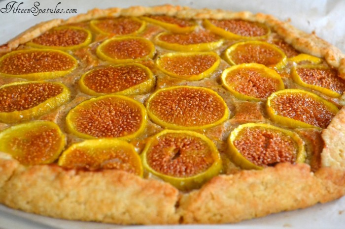 rustic fig almond tart