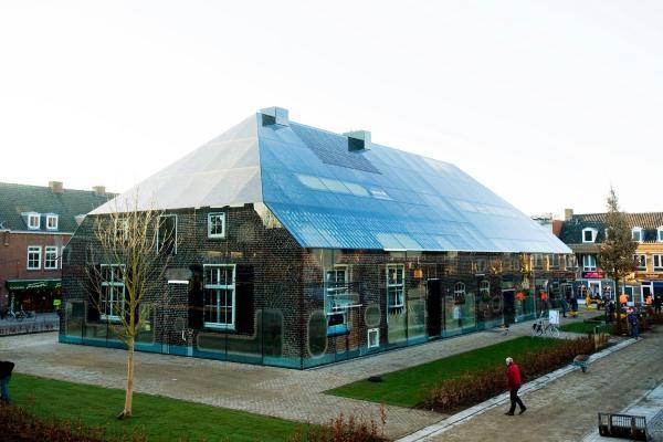 glass farmhouse, MVRDV in collaboration with Frank van der Salm