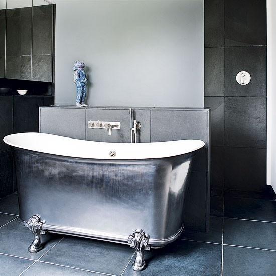 bath in East London Victoria Era home